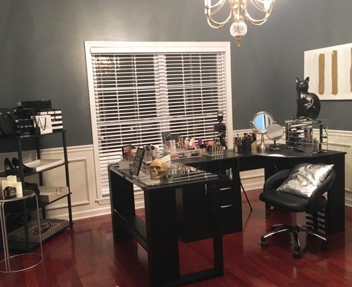 Makeup Studio Set-Up.!